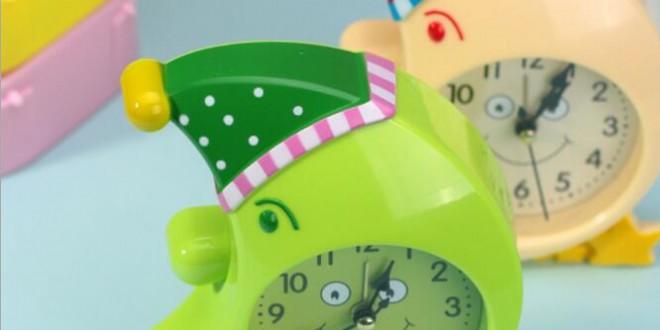 Szép hold gomba színes kreatív tervezés műanyag ébresztőóra  26c8c8155f