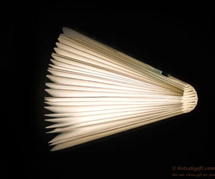 Свет в подарок фото